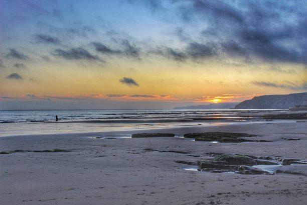 scarboorugh spa sunrise on the beach